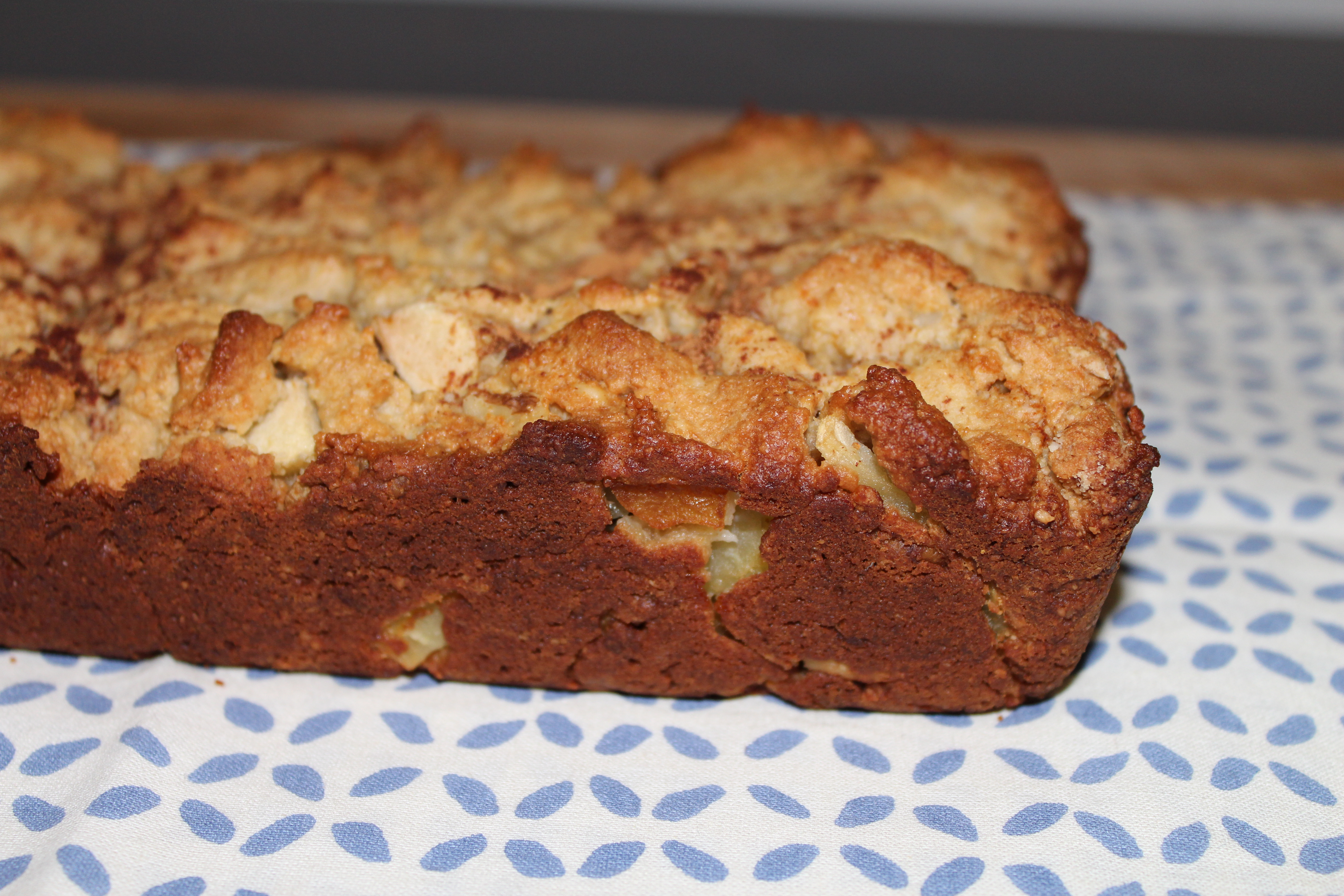 Apple Walnut Cake | gluten.free.fit.chick